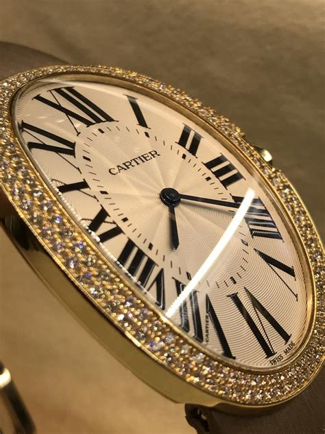 The 44 mm fake Cartier Baignoire WB520005 watches have silvery dials.