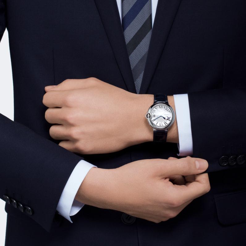 The male replica Ballon Bleu De CartierWSBB0020 watches are worth for men.
