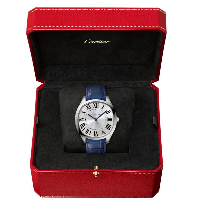 The luxury replica Drive De Cartier WSNM0011 watches are designed for men.