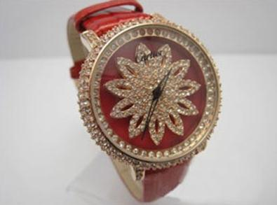 The red leather straps copy Cartier watches have red dials.