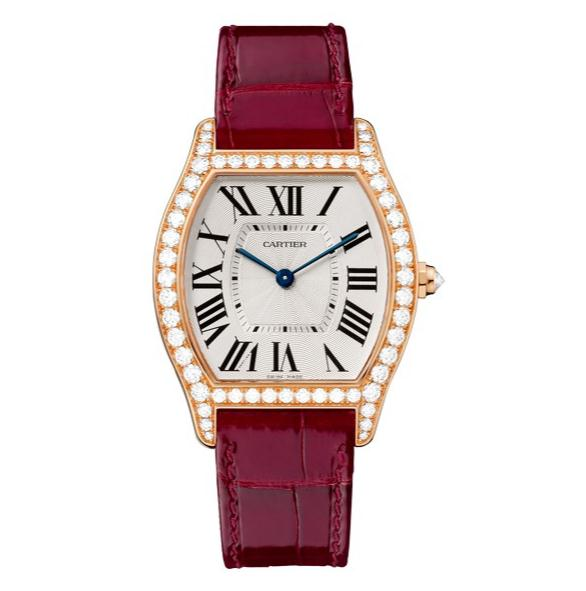 The 18k rose gold fake Cartier Tortue WA501006 watches have red alligator leather straps.