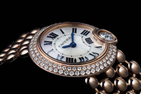 The luxury fake Cartier watches are made from 18k rose gold.