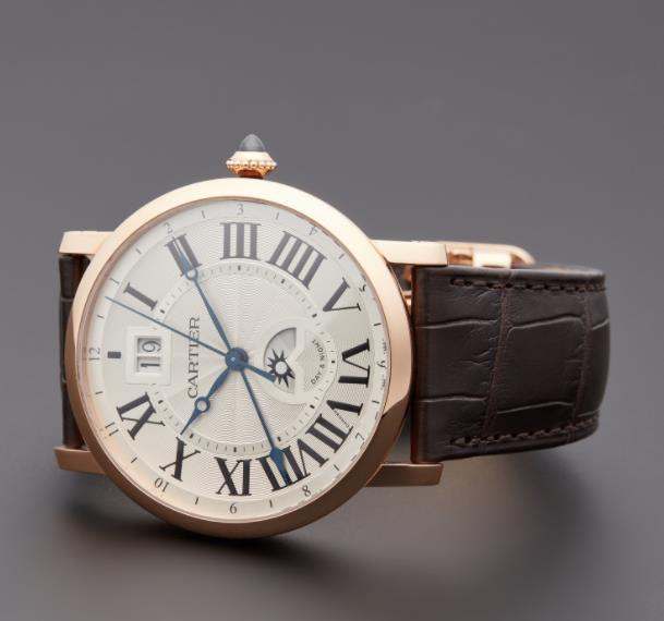 The 18k rose fake watches have brown leather straps.